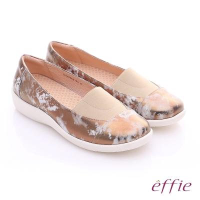 effie 挺麗氣墊 金箔羊皮寬版鬆緊帶奈米休閒鞋 古銅色
