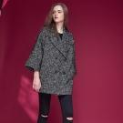 Chaber巧帛 翻領雙排釦微寬羊毛長版西裝造型大衣外套-黑