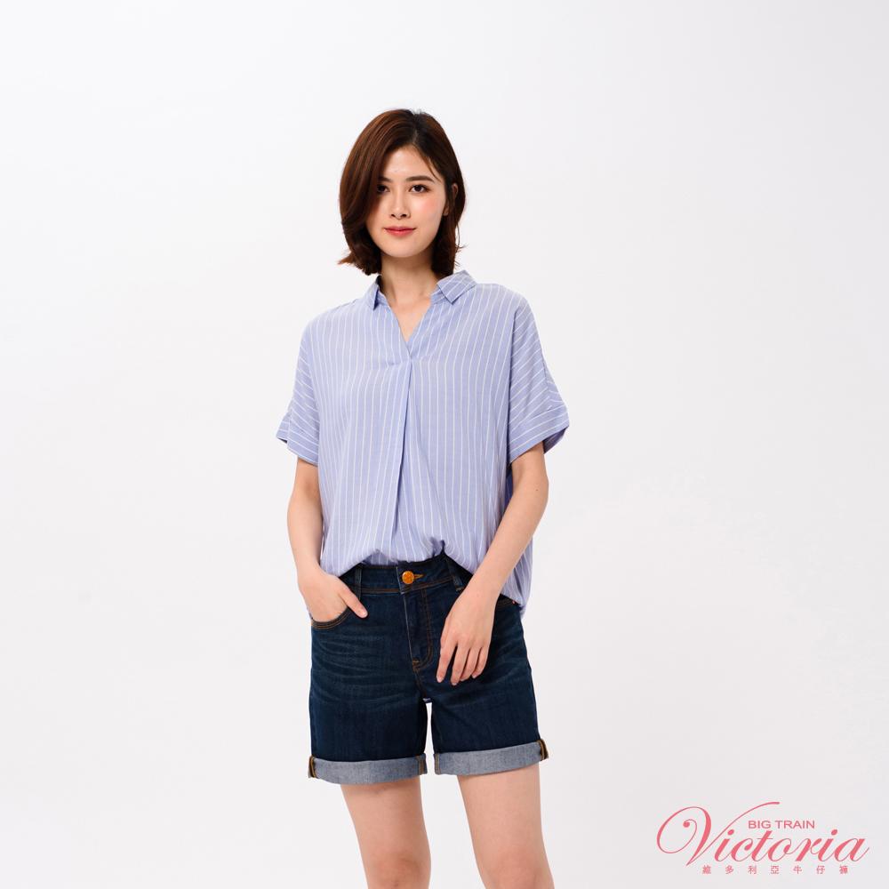 Victoria 半開襟落肩寬鬆短袖T-女-藍底白條