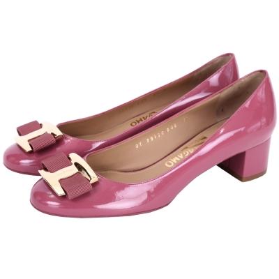 Salvatore Ferragamo NINNA 漆皮蝴蝶結粗跟鞋(深粉色)