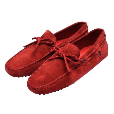 TOD'S 聯名FERRARI麂皮綁帶手工豆豆鞋(暗紅)