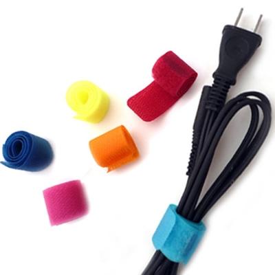 kiret 彩色魔鬼氈黏扣式收納集線器/電線收納束帶套組 (顏色隨機)