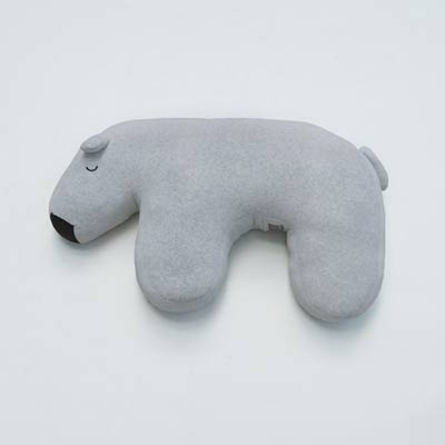 Yvonne Collection大白熊造型靠枕-淺灰