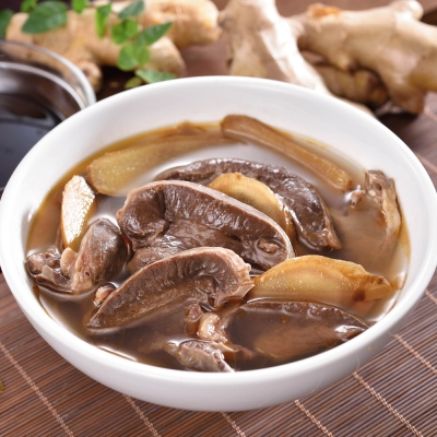 (任選)艾其肯養生雞湯 麻油燉豬心(450g/包)