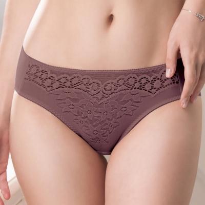 華歌爾 新隱絲系列 M-LL無痕內褲(紫紅)
