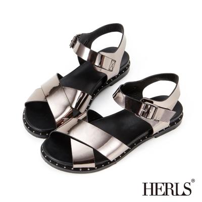 HERLS 個性街頭 交叉條帶鉚釘涼鞋-錫箔色