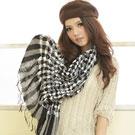 【I-shi】暖呼呼~泡泡棉花糖厚款圍巾(黑白)