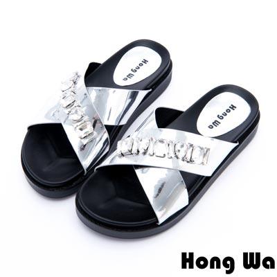Hong Wa - 時尚派對風水鑽貼飾厚底拖鞋 - 銀