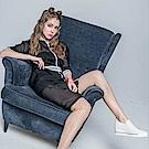 ICHE 衣哲  時尚休閒彈性拼布長版棒球造型外套-黑