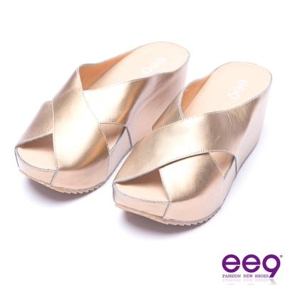 ee9 率性風采交叉鏤空露趾楔形拖鞋-古銅