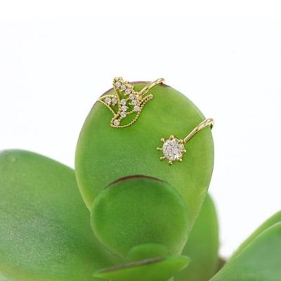 Hera赫拉 水鑽白鴿無耳洞耳環/耳扣/耳骨夾(二顆入)-2色金色