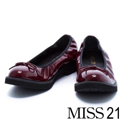 跟鞋 MISS 21 復古小蝴蝶結漆皮鬆緊帶低跟娃娃鞋-酒紅
