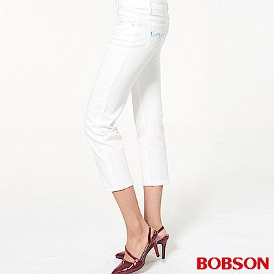 BOBSON 女款中腰刺繡七分褲
