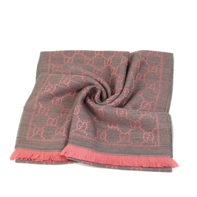 GUCCI LOGO純羊毛寬版圍巾披巾(粉灰)