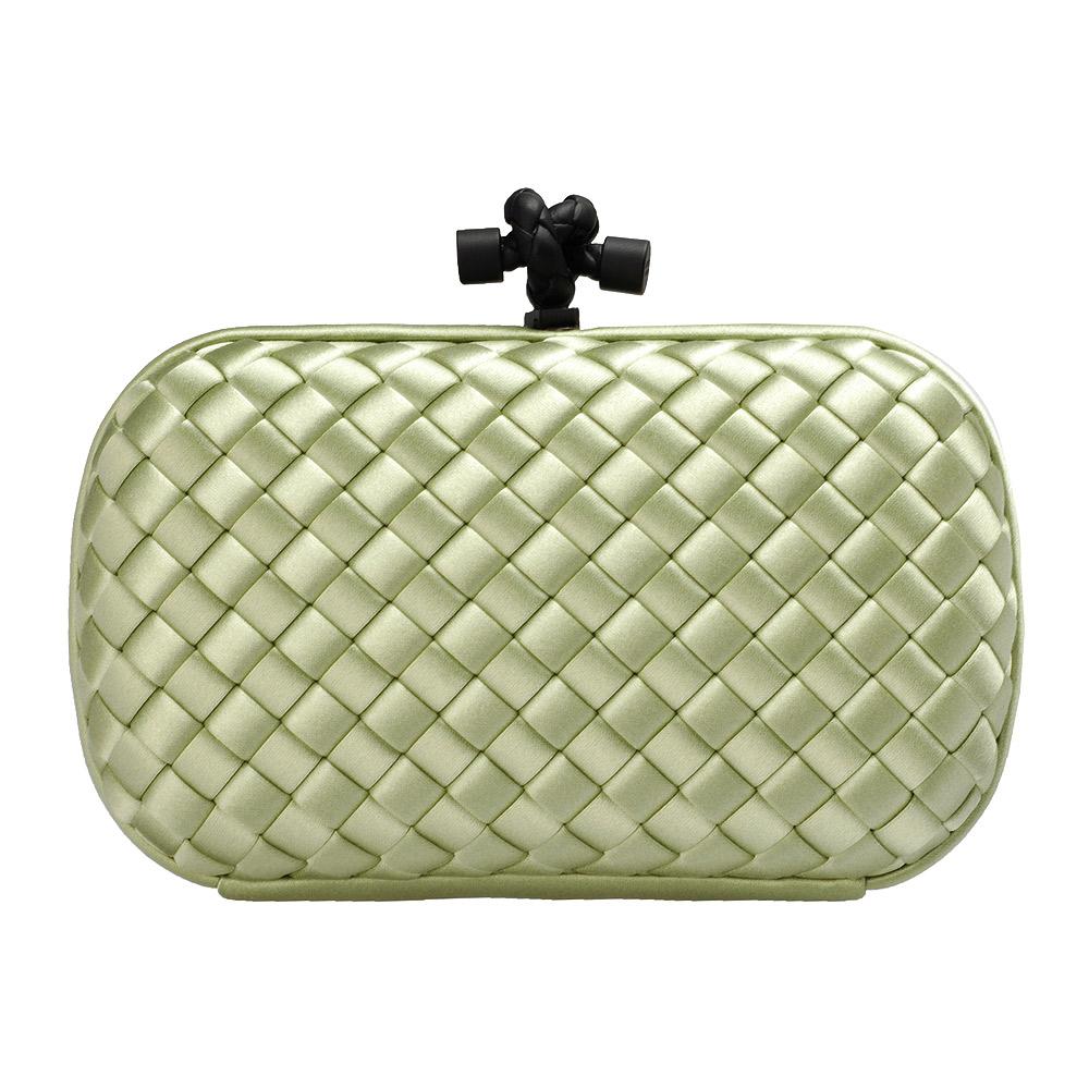 BOTTEGA VENETA 經典SATIN KNOT緞面編織設計手拿包(淡綠色)