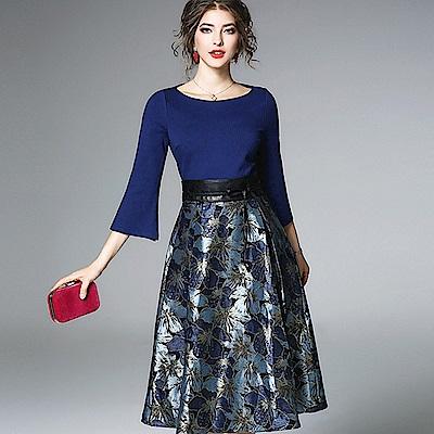 ABELLA 艾貝拉 寶石藍喇叭袖亮面印花皮革腰繩洋裝(S-2XL)