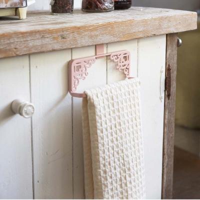 【YAMAZAKI】Kirie典雅雕花門板毛巾架-粉★衛浴收納/毛巾掛架/抹布架