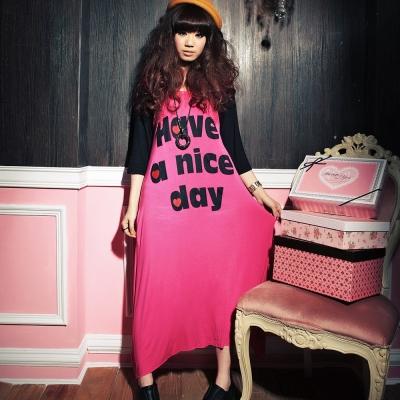古著 桃紅色愛心英文字袖棒球長版洋裝