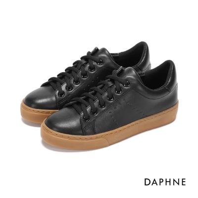 達芙妮DAPHNE 休閒鞋-素色繫帶平底休閒鞋-黑