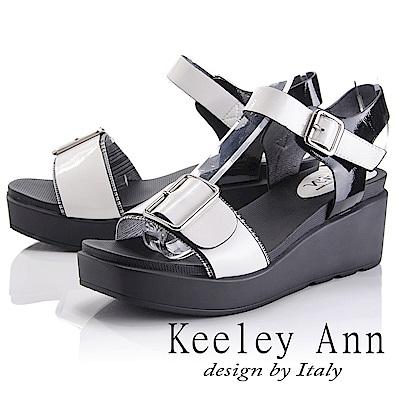 Keeley Ann 俐落時尚~金屬飾釦拼接千鳥格紋涼鞋(米色-Asin系列)
