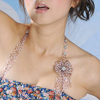 Aimee Toff 晶艷豹紋水鑽繞頸造型肩帶(咖)