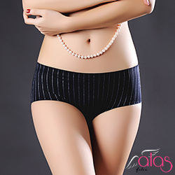 無痕內褲 俏挺曲線冰絲女性內褲 M-XL (黑色) alas