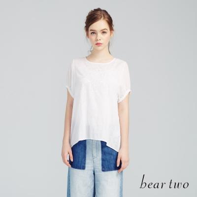 beartwo 優雅刺繡公主泡泡袖設計上衣(白色)-動態show