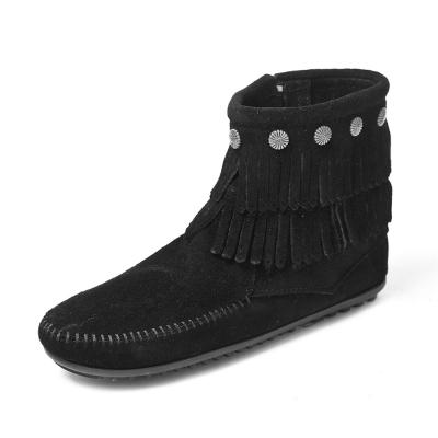 MINNETONKA-SIDE ZIP雙層麂皮流蘇踝靴-黑色