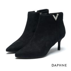 達芙妮DAPHNE 短靴-絨布V字切口鑽飾高跟踝靴-黑