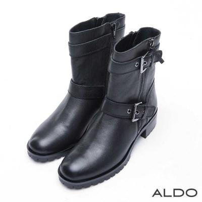 ALDO 真皮雙金屬釦帶木紋粗跟短靴~尊爵黑色