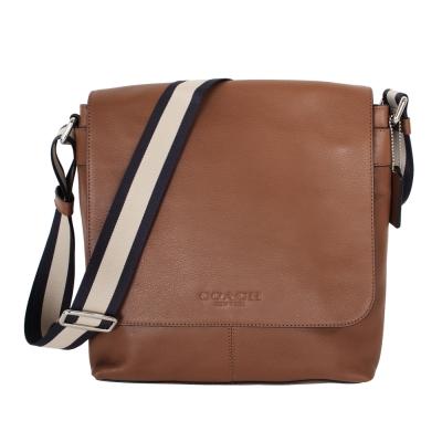 COACH-C-logo烙印直立皮革吸釦翻蓋斜背包
