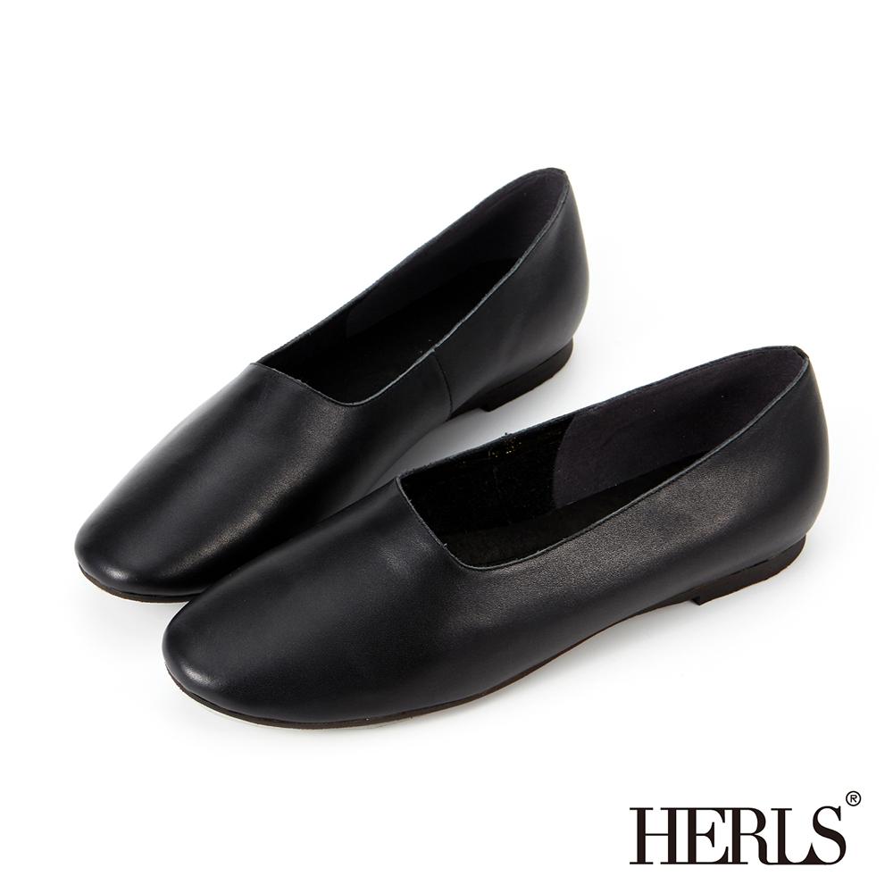 HERLS 全真皮 文青氣息全素面平底休閒鞋-黑色