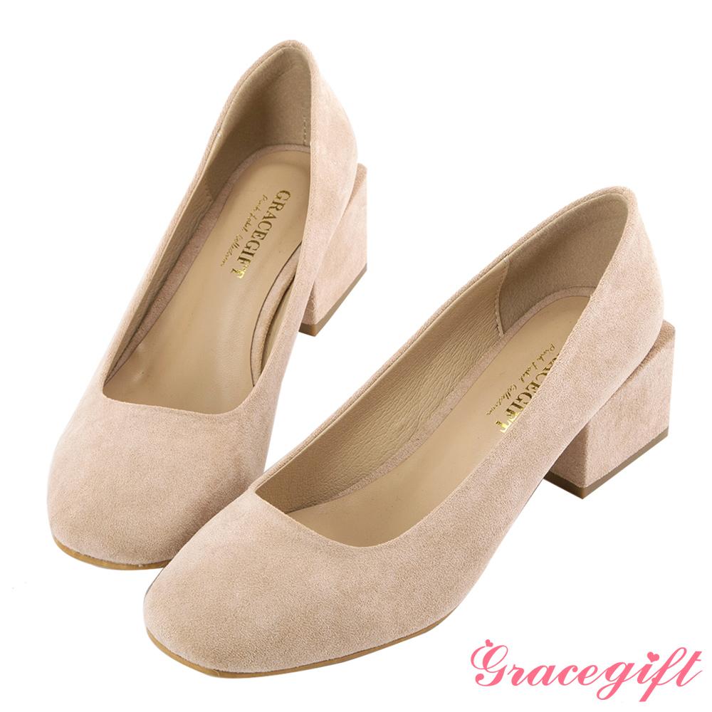 Grace gift-麂皮絨小方頭造型中跟鞋 杏