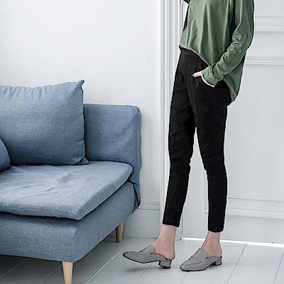 後腰鬆緊造型口袋高含棉長褲-OB大尺碼