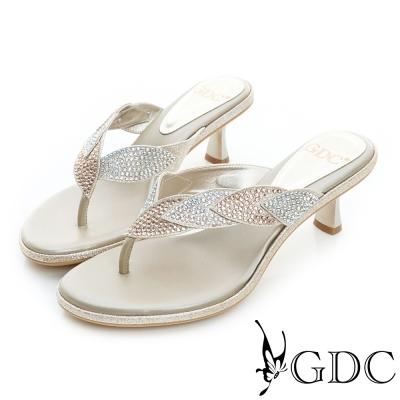 GDC-雙色拼貼水鑽高跟夾腳涼拖鞋-金色