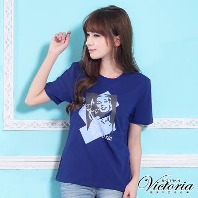 Victoria 人像印花TEE-女-寶藍