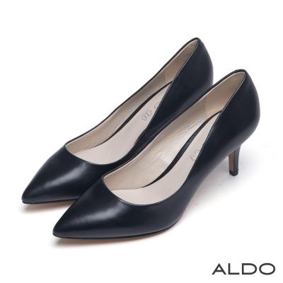 ALDO-優雅女郎霧面復古尖頭真皮跟鞋-尊爵黑色
