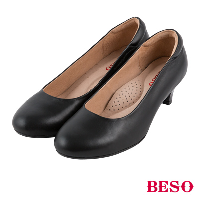 BESO 簡約知性 羊皮素面通勤中跟鞋 黑