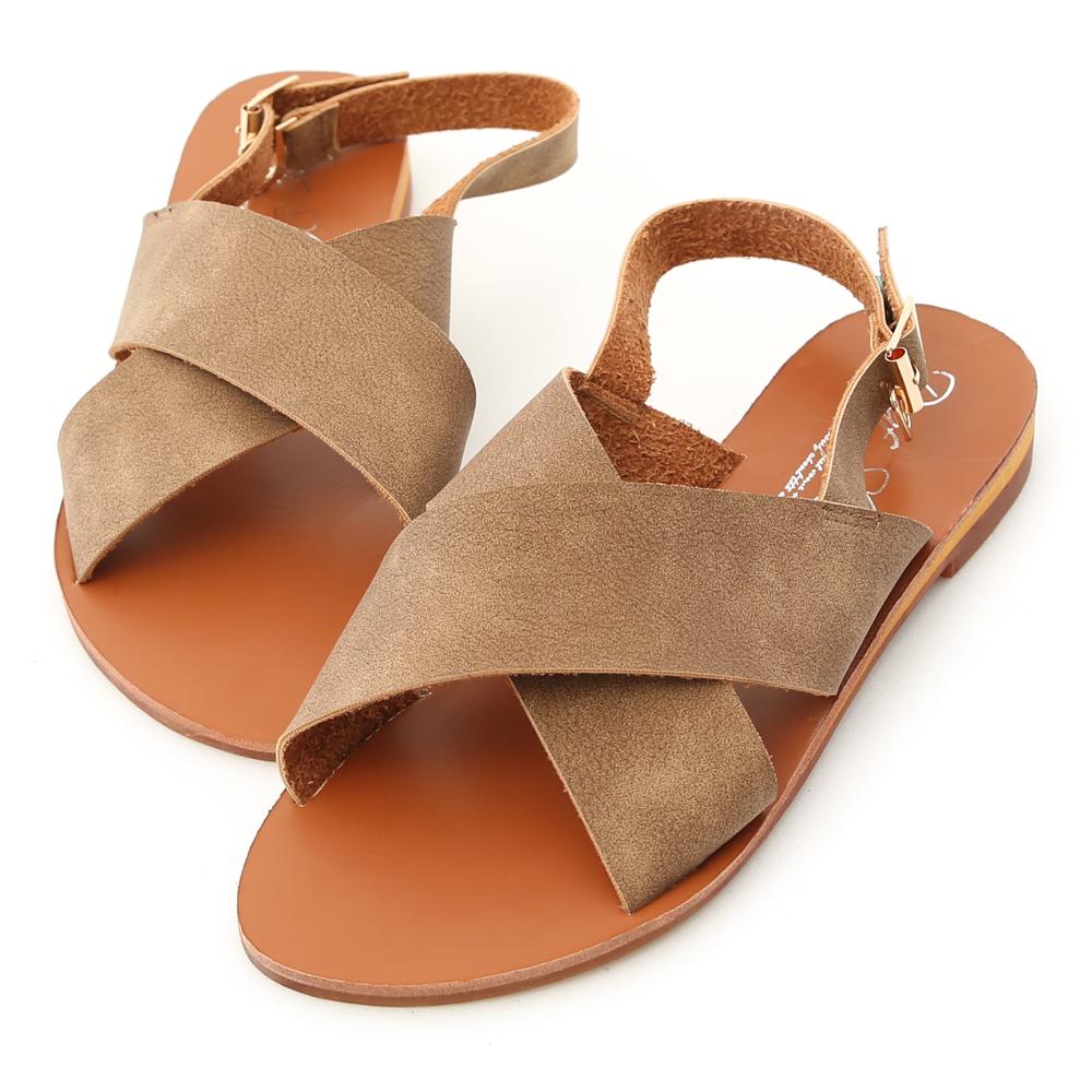 D+AF 舒適步調.交叉寬帶造型平底涼鞋*棕