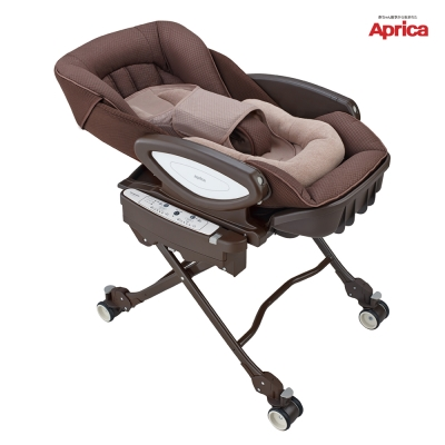 Aprica 愛普力卡 電動高低調節搖擺餐搖床椅 YuraLism HIDX 愛麗絲