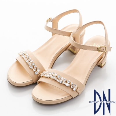 DN 奢華派對 耀眼寶石鑽飾真皮低跟涼鞋-卡其