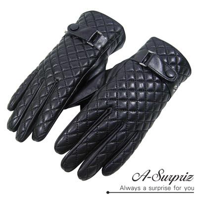 A-Surpriz-女仕菱格扣環真皮觸控手套-黑