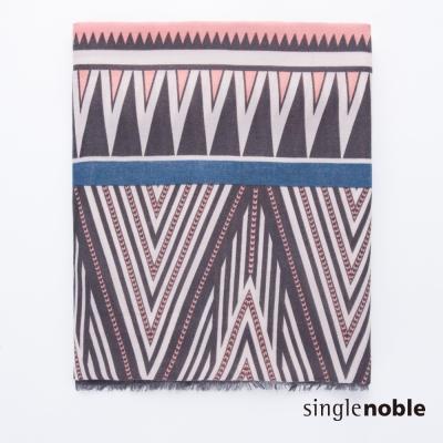 獨身貴族 藝術玩味幾何民族圖騰設計圍巾(1色)