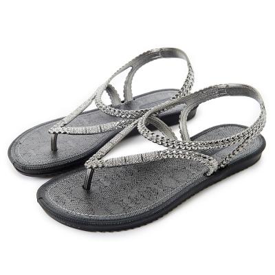 GRENDHA 金屬編織帶蛇紋印花平底涼鞋-黑色