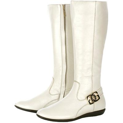 GUESS 米白色金屬LOGO飾平底長靴(展示品)
