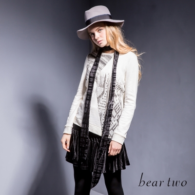 beartwo-純棉不對稱印染圖騰造型上衣-二色