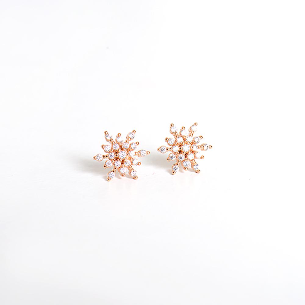 微醺禮物 正韓 925銀針 聖誕雪花 鋯石 可愛精緻 耳針 耳環