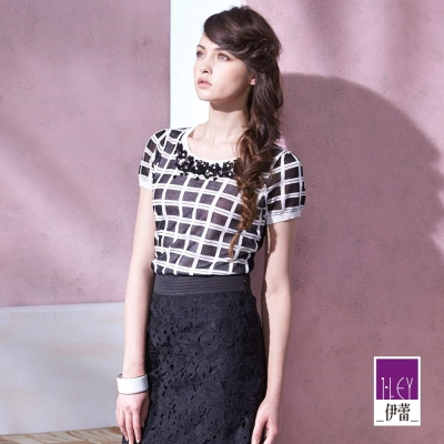 ILEY伊蕾 圓領珠花造型黑白格紋針織(黑)