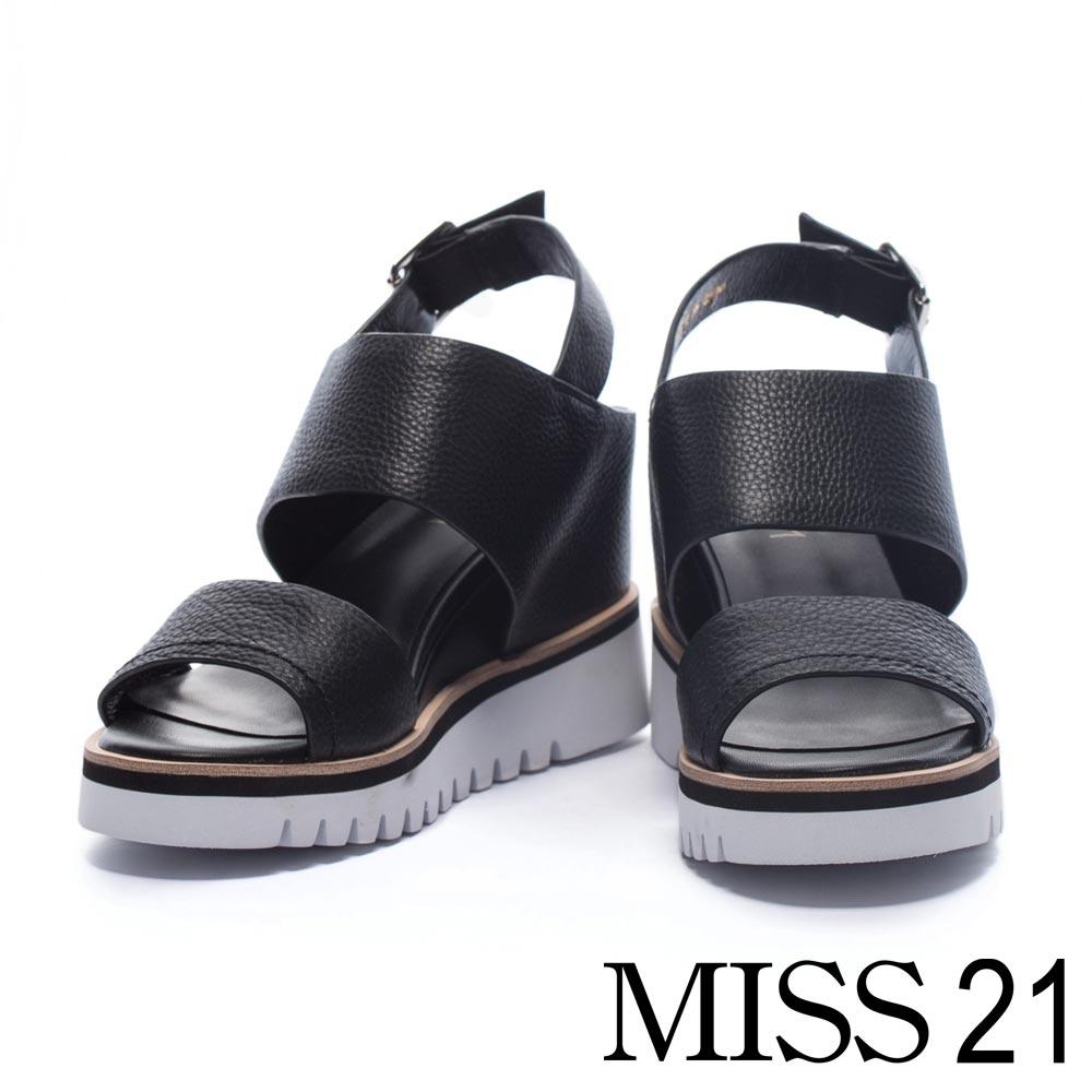 涼鞋 MISS 21 簡約質感素面摔紋牛皮楔型涼鞋-黑