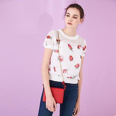 ICHE 衣哲  氣質玫瑰滿版印刷造型公主袖上衣-白